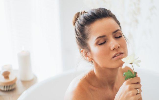 Зневоднена шкіра і догляд за нею: косметолог поділилася чіткою схемою