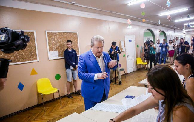 Поплавский проголосовал на выборах в Раду