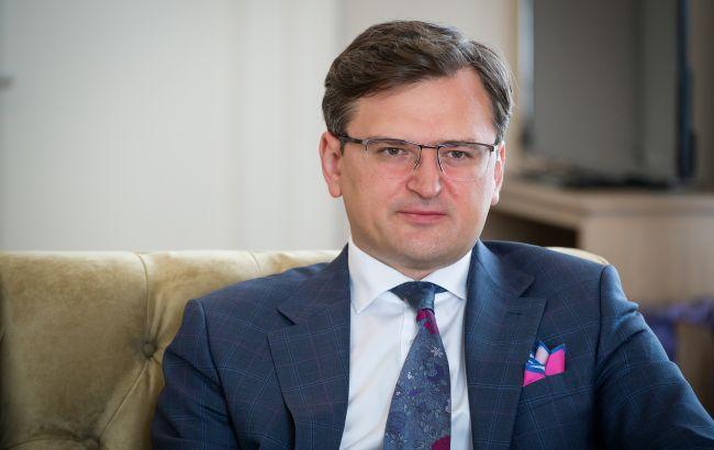 Дмитро Кулеба: Ніхто українців тримати під замком не збирається