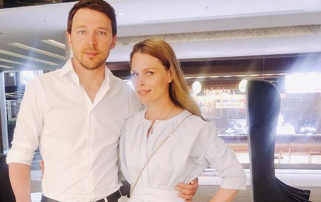 Синочок знімав: ніжна Ольга Фреймут замилувала домашнім фотосетом з чоловіком