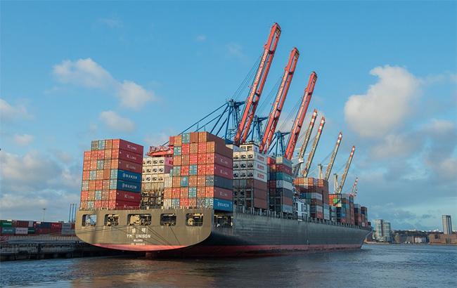 Імпорт товарів легкої промисловості збільшився на 5,6%