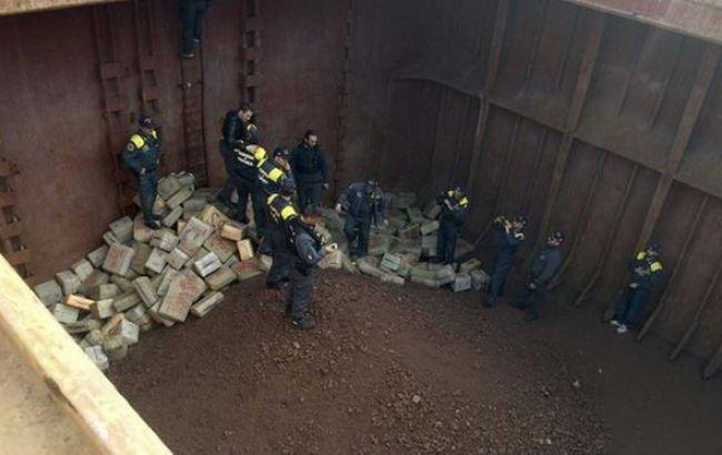 Украинские моряки задержаны за контрабанду 13 тонн гашиша - Цензор.НЕТ 370