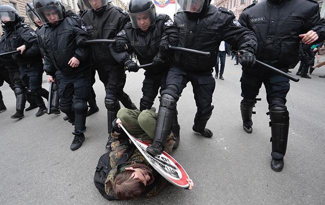 Фото: задержание в Санкт-Петербурге (instagram.com/egorshinvalya)