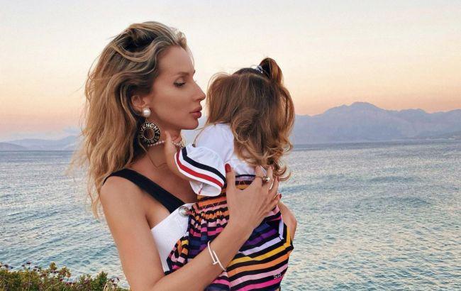 Светлана Лобода впервые засветила на фото лицо дочки Тильды