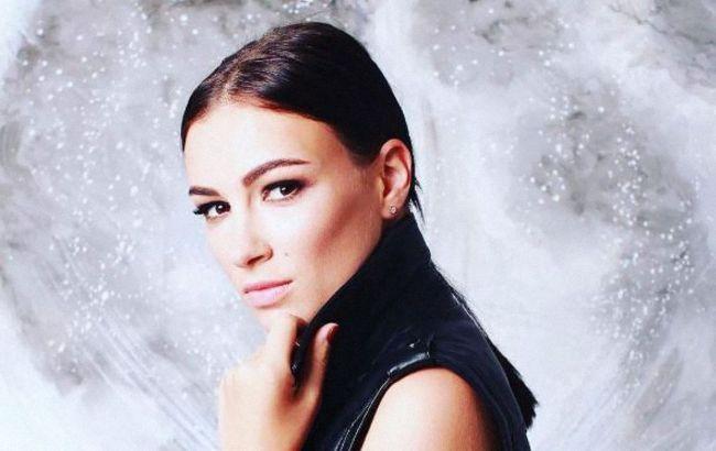 Анастасія Приходько вирішила відповісти хейтерам відвертим фото: мені плювати на невдах