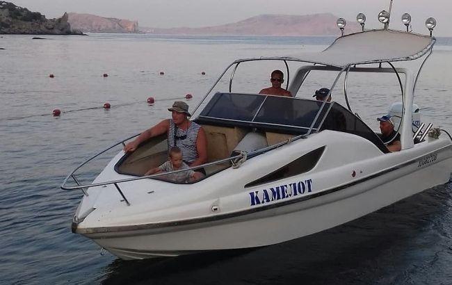 """В Крыму суд арестовал водителя затонувшего катера """"Камелот"""""""