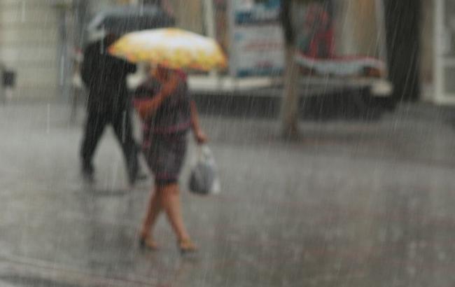 Фото: по Украине объявлено штормовое предупреждение на завтра