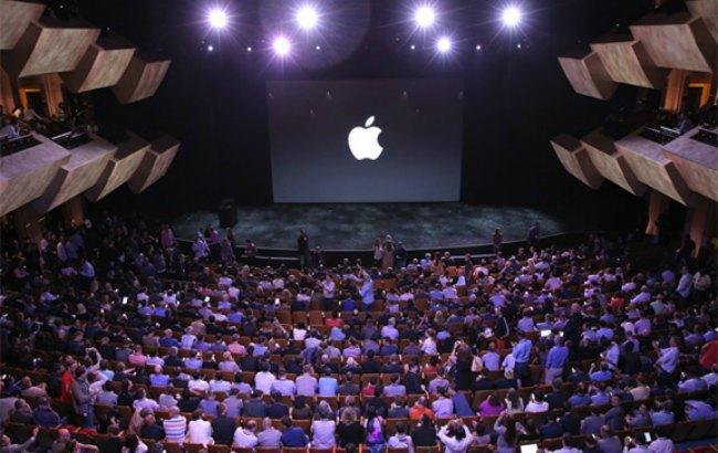 Фото: MacBook Pro официально презентуют 27 октября