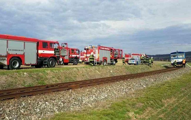 В Чехии столкнулись пассажирский и грузовой поезда, есть пострадавшие