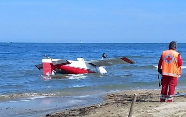 На авиашоу в Италии два самолета упали в море