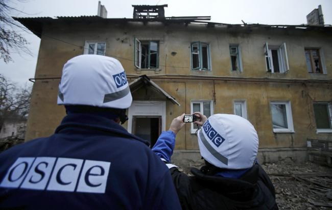 СММ ОБСЕ: Свобода перемещения наблюдателей урезана из-за мин