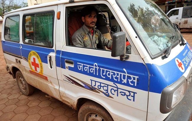 В Індії стався вибух на автобусній зупинці
