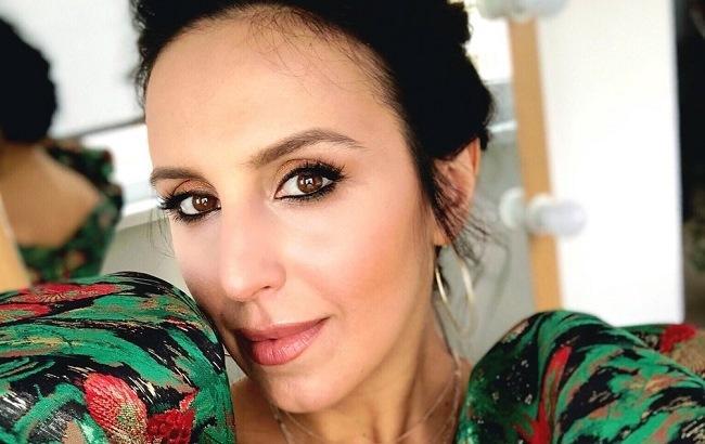 """""""Не нужно ссориться"""": Джамала прокомментировала скандал об измене жены основателя """"Грибов"""""""