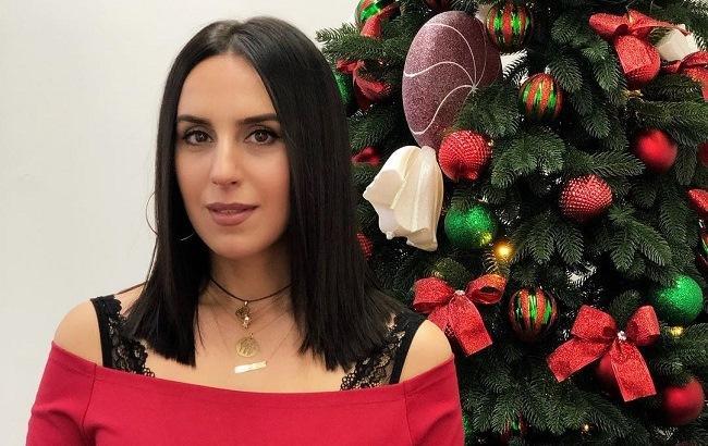 """""""Новогодняя"""" Джамала призналась, что больше любит дарить подарки"""