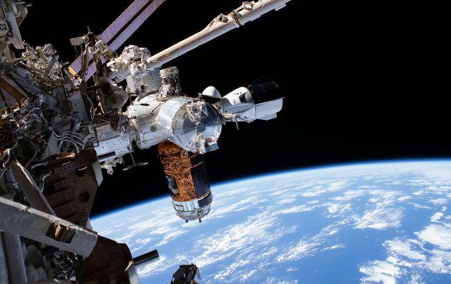 Космічний корабель Маска пристикувався до МКС: історичне відео (трансляція)
