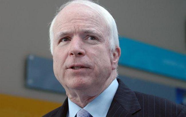 Маккейн поддержал предоставление Украине смертельного оружия: «Это нужно было сделать уже давно»