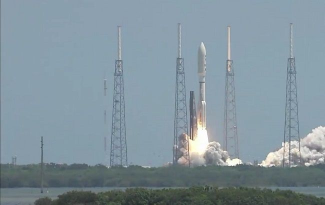 Фото: запуск зонда Juno