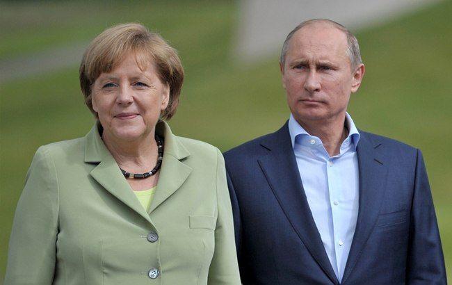 """Путін і Меркель анонсували зустріч у """"нормандському форматі"""" щодо ситуації на Донбасі"""