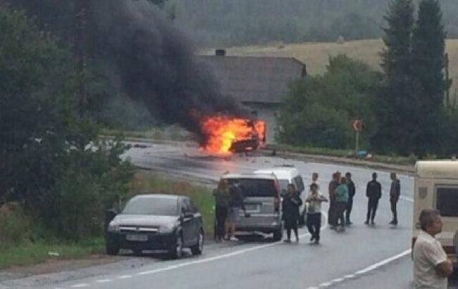 Фото: во Львовской области произошло двойное ДТП