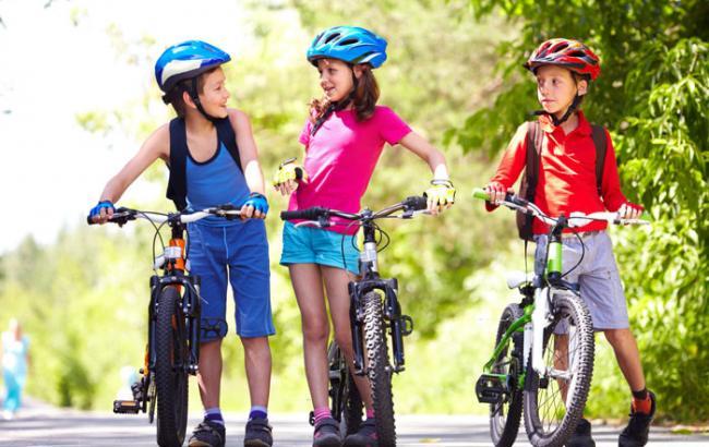 Львівські патрульні навчать дітей правильно кататись на велосипедах