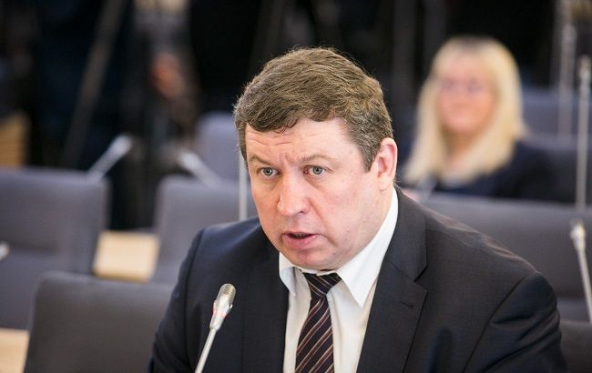 Міністр оборони Литви розповів подробиці поставок летального зброї в Україну