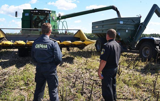Фото: в Україні створюють антирейдерські аграрні штаби (kaskad-s.com)