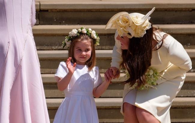 Юні гості: діти Кейт Міддлтон відвідали весілля принца Гаррі (фото)