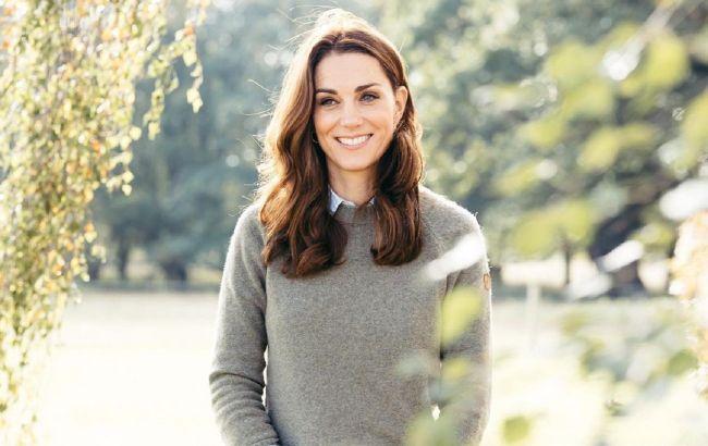 Джинсы-скинни и свитер с орнаментом: Кейт Миддлтон показала комфортный образ для прогулок