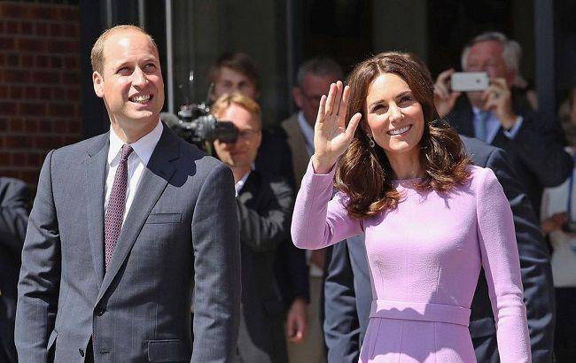 Кейт Миддлтон и принц Уильям вынуждены на время отказаться от королевских обязанностей из-за детей