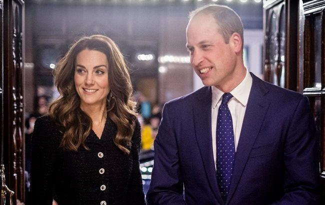 Кейт Міддлтон з'явилася в пальто 12-річної давності, яке носила до заміжжя з принцом Вільямом