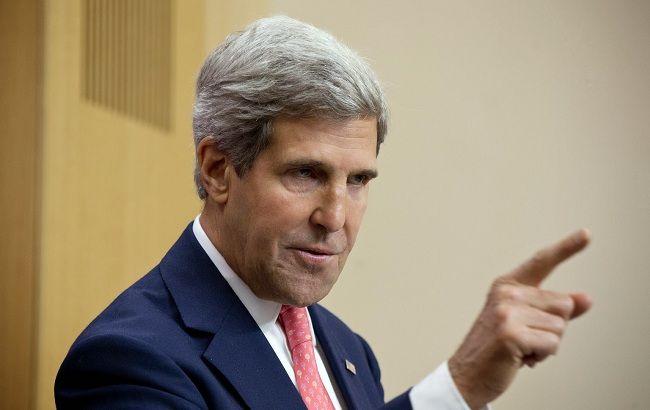 Керри: международная коалиция усилит бомбардировки позиций ИГ