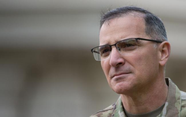 Фото: командувач силами НАТО в Європі Кертіс Скапаротти