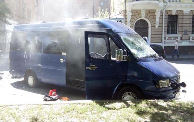 Фото: в Харькове обстреляли офис Оппоблока