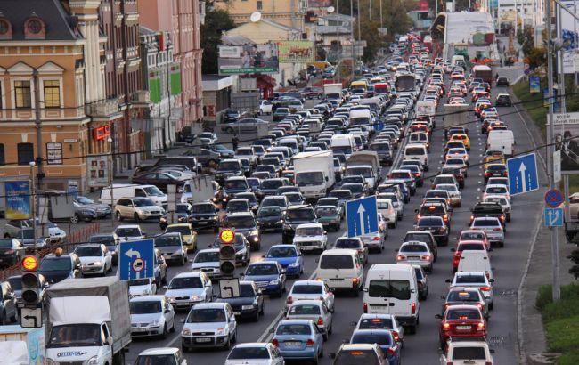 Фото: в Киеве пробки 6 баллов