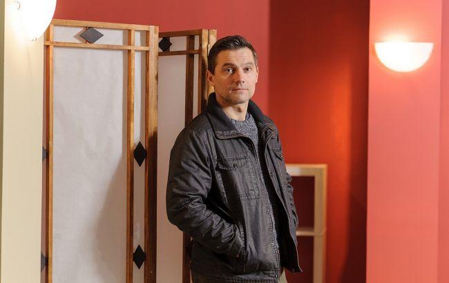 """Звезда сериала """"Выходите без звонка"""" Роман Семисал рассказал про COVID-19, своих детей и жизненные испытания"""