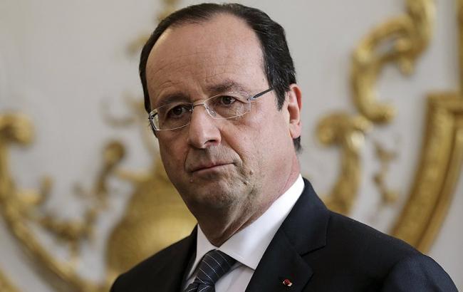 Олланд звинувачує ІДІЛ в терактах в Парижі