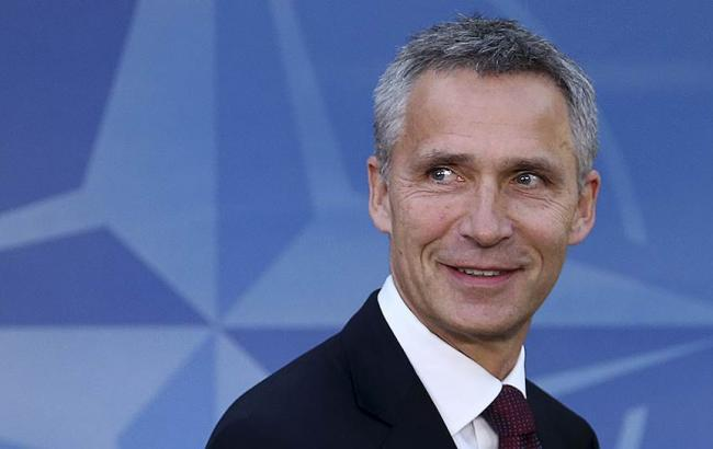 """НАТО не хоче """"холодної війни"""" з Росією, - Столтенберг"""
