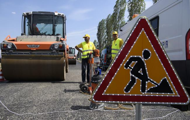 Дорожные работы выполнены на суммы меньше выделенных из всех источников (Фото: kmu.gov.ua)