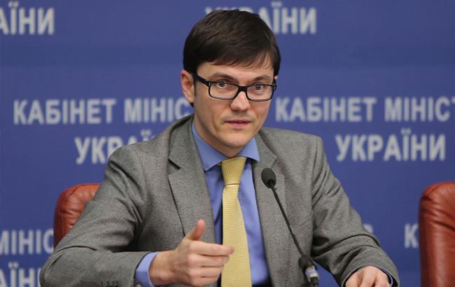 Правоохранители пытаются выяснить причины возгорания авто водителя экс-главы МИУ Пивоварского