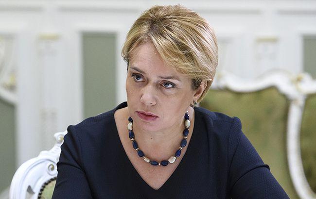 Влада Угорщини просять про зустріч з Гриневич з приводу нового закону про освіту