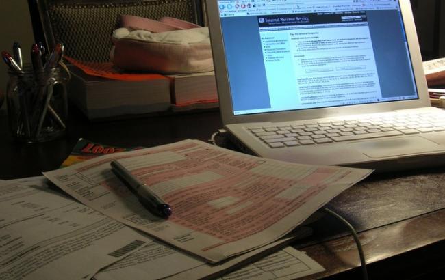 Закон об электронном декларировании вступил в силу