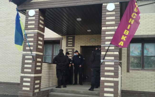 """Поліція відкрила справу щодо """"фейкової"""" виборчої дільниці в Сумській області"""