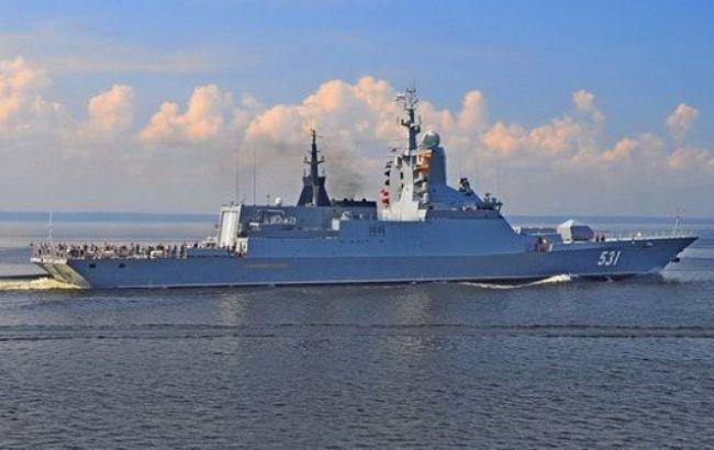 Латвия зафиксировала в своей исключительной экономической зоне корвет и лодку РФ