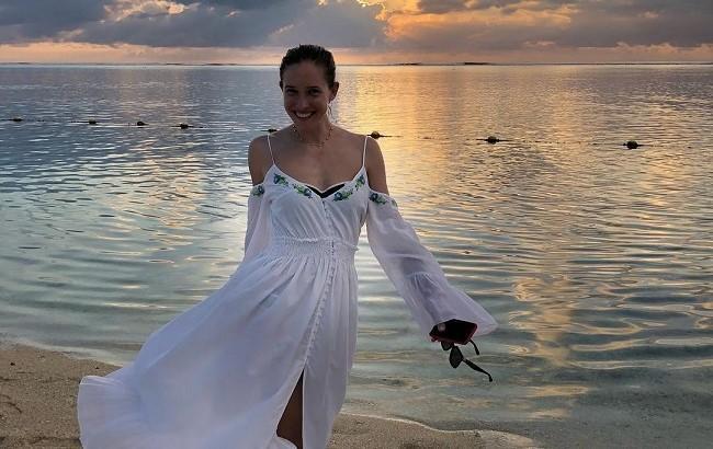 Без макияжа и в купальнике: Осадчая поделилась фото с Маврикия