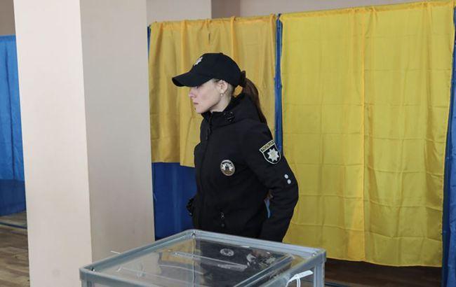 Поліція викликала на допит майже 100 осіб через порушення перед виборами