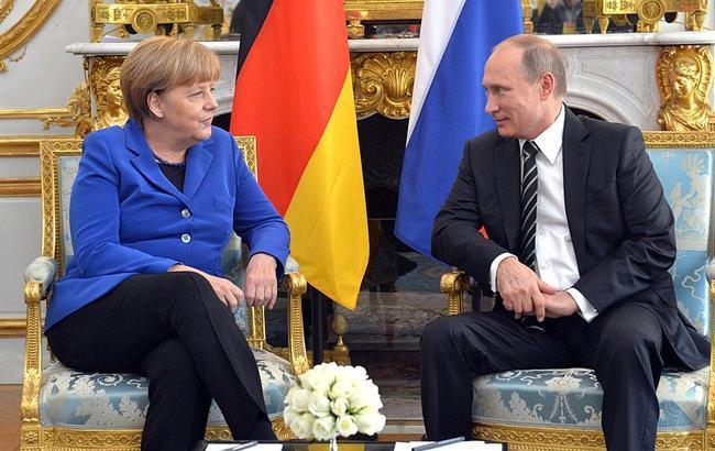 Меркель і Путін по телефону обговорили ситуацію в Керченській протоці