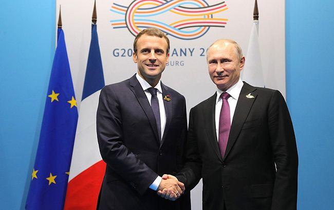 Макрон и Путин обсудили встречу в нормандском формате