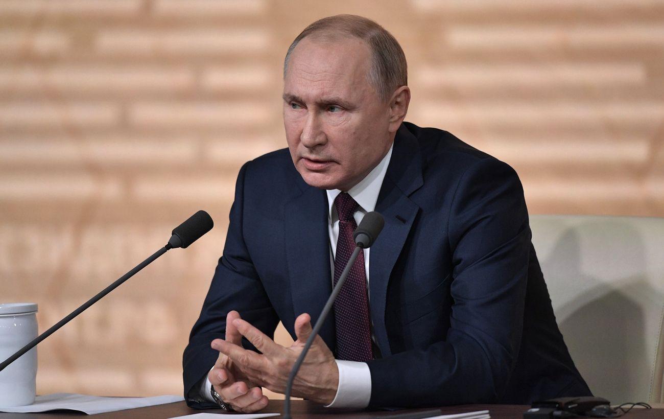 Путин пожаловался Меркель и Макрону на Украину и согласился активизировать «Нормандию»