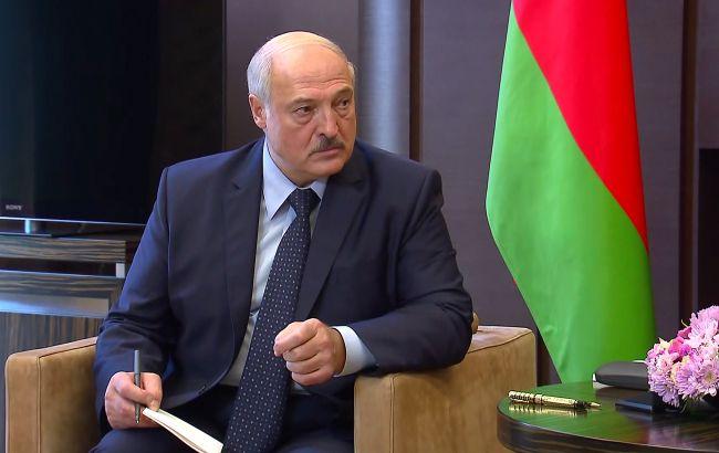 Сын Лукашенко и чиновники: список санкций Украины против Беларуси