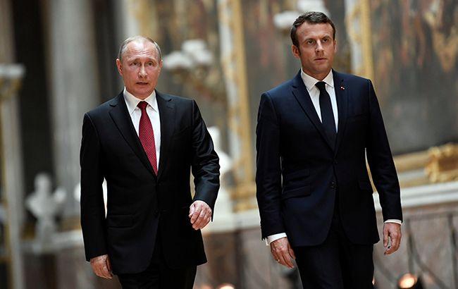 Макрон и Путин в понедельник обсудят нормандский формат